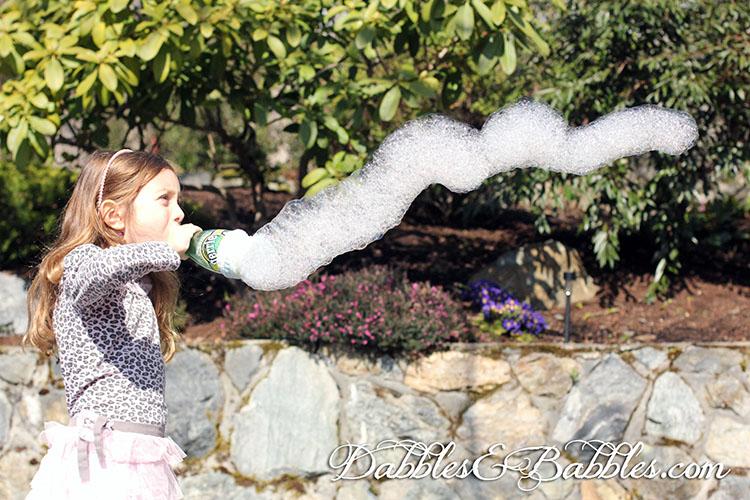 Bubble fun in the sun - using the 3 minute DIY bubble maker.