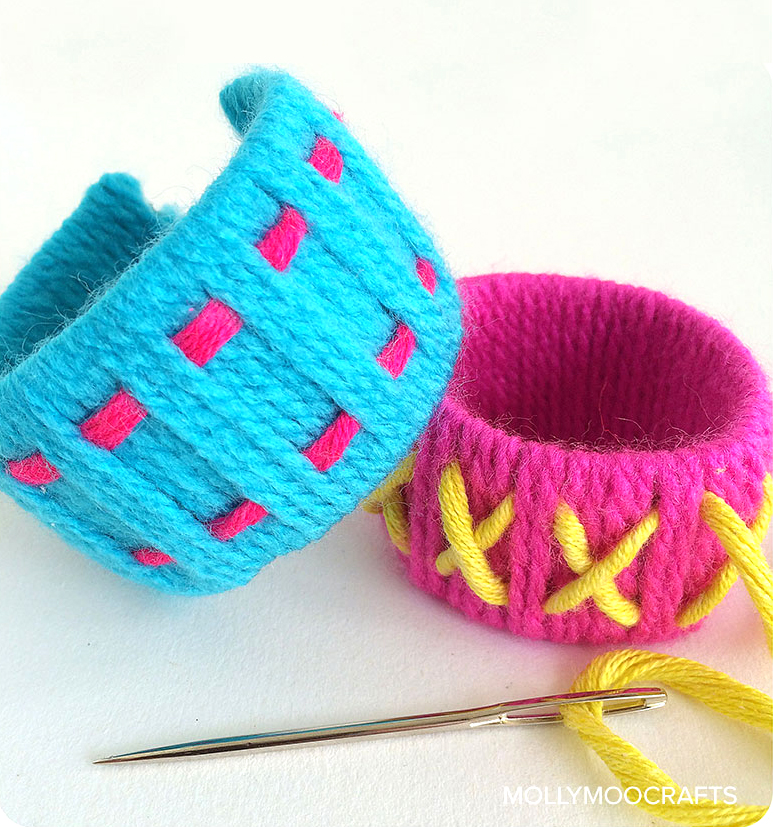 11 Easy Yarn Crafts Anybody Can Make Dabbles Babbles