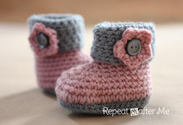 7fd3596b6b7c 15 of the Cutest Crochet Baby Bootie Patterns - Dabbles   Babbles