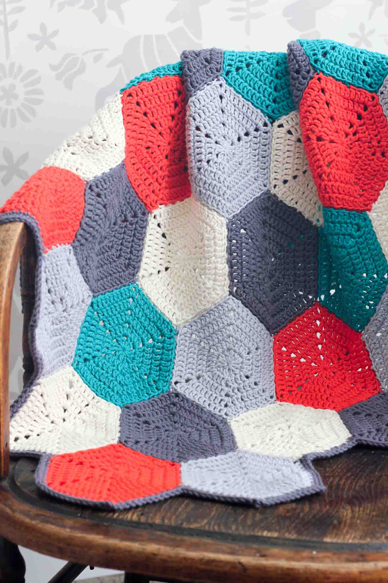 20 Easy Crochet Afghans Perfect For Beginners Dabbles Babbles