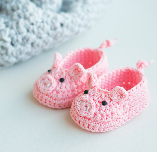 15 Of The Cutest Crochet Baby Bootie Patterns Dabbles Babbles