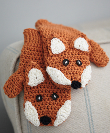 15 Easy Crochet Mitten Patterns Even Beginners Can Make - Dabbles ...