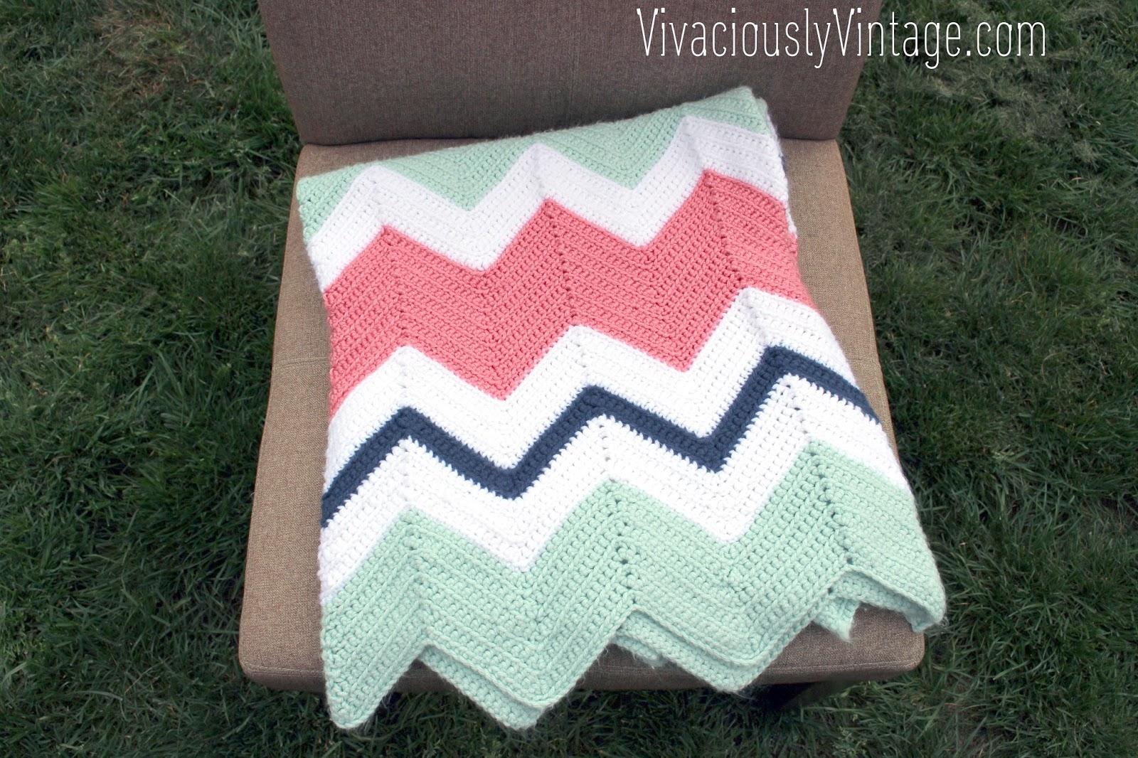 15 Easy Ripple Crochet Blanket Patterns