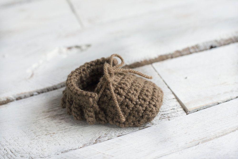 15 Free Crochet Moccasin Patterns Dabbles Babbles