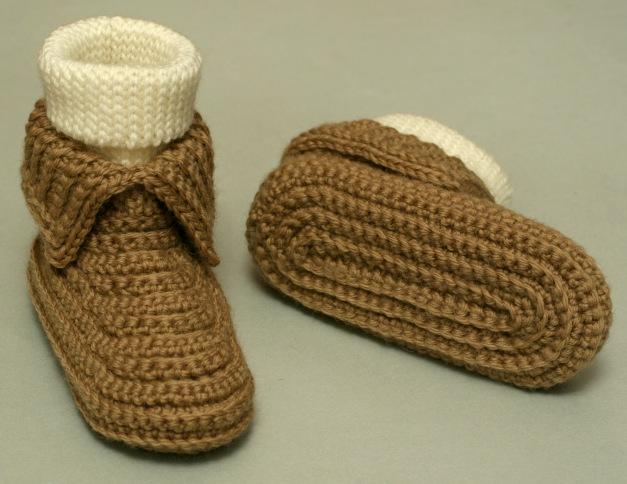 15 Free Crochet Moccasin Patterns - Dabbles & Babbles