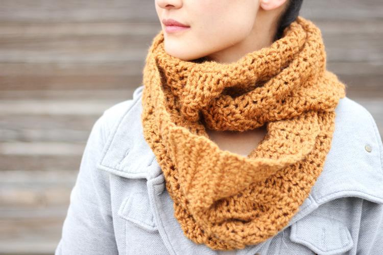 Double Crochet Infinity Scarf