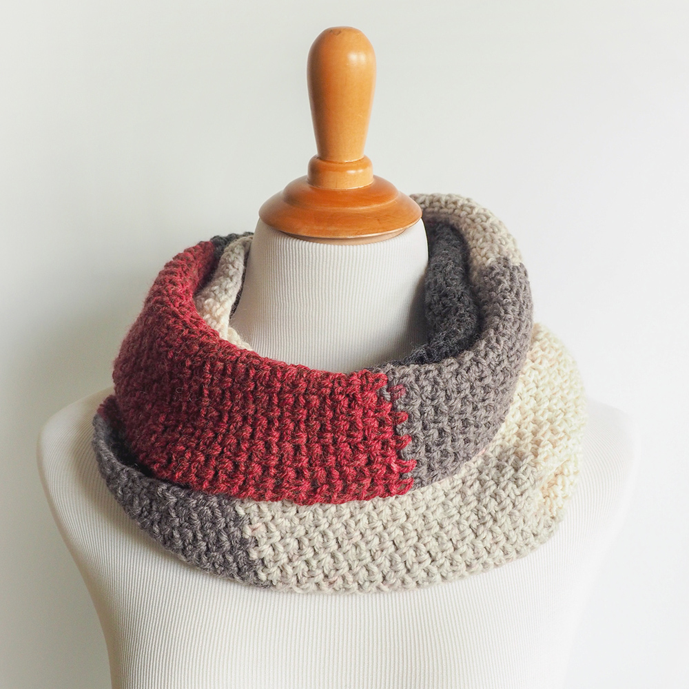 The Boyfriend Scarf is all about subtle details that look polished and distinguished. #crochetscarf #crochetpattern #crochetlove #crochetaddict