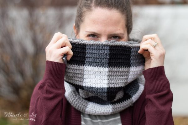 Crochet Plaid Sheepskin Cowl - 19 Easy Winter Crochet Cowls to Keep You Warm - here's a list of the coziest, stylish crochet cowls and infinity scarf crochet patterns to wear this season. #crochetcowl #crochetpattern #crochetinfinityscarf #cozycrochet