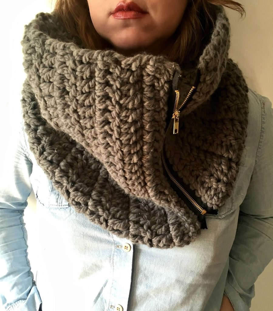 The Zippy Cowl - 19 Easy Winter Crochet Cowls to Keep You Warm - here's a list of the coziest, stylish crochet cowls and infinity scarf crochet patterns to wear this season. #crochetcowl #crochetpattern #crochetinfinityscarf #cozycrochet