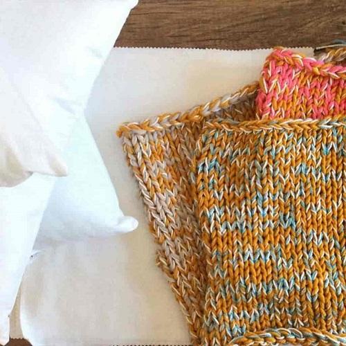 Crochet Vs Knitting Dabbles Babbles