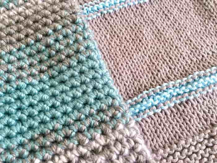 A side by side comparison between knit and crochet. Crochet and knitting are crafts that use knitting yarn and stitchwork to create garments and other projects. And both methods have loads of benefits. #crochet #knitting #knittingvscrochet