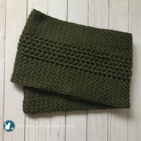Crochet Moss Stitch Scarf - Test out your knowledge of the moss stitch with these crochet patterns. These crochet stitch patterns are unique and colorful, and worthy of your time. #crochetstitches #crocheting #mossstitch #learntocrochet