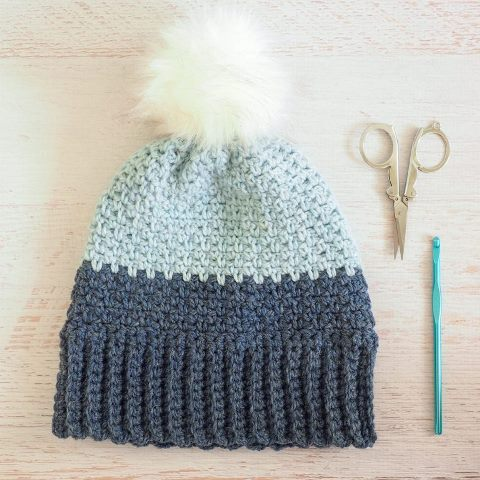 Moss Stitch Beanie Hat - Test out your knowledge of the moss stitch with these crochet patterns. These crochet stitch patterns are unique and colorful, and worthy of your time. #crochetstitches #crocheting #mossstitch #learntocrochet
