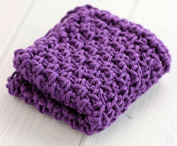 Moss Stitch Crochet Dishcloths - Test out your knowledge of the moss stitch with these crochet patterns. These crochet stitch patterns are unique and colorful, and worthy of your time. #crochetstitches #crocheting #mossstitch #learntocrochet