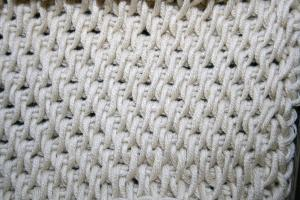 Tunisian Full Stitch - Tunisian crochet bridges the gap between crochet and knitting. You should test it out with this list of Tunisian crochet stitches we've put together. #TunisianCrochet #TunisianCrochetStitches #CrochetForBeginners