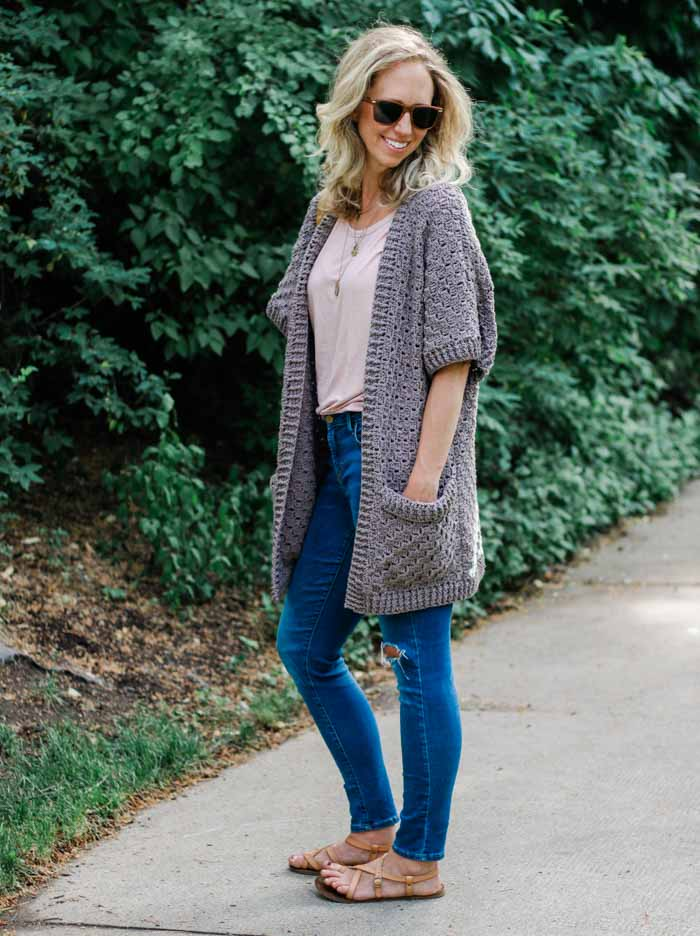 Easy C2C Kimono Sweater - This list of C2C crochet patterns will allow you make things you never dreamed of. Your friends will be impressed by your talent and you can make them gifts they could never buy in stores. #C2CCrochet #CornerToCornerCrochet #CrochetPatterns