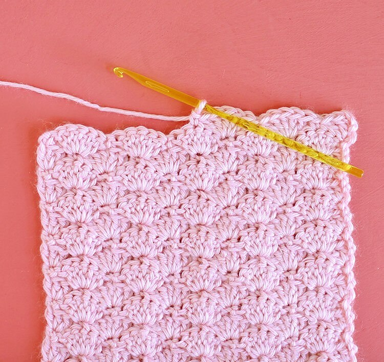 Shell Stitch - These different basic crochet stitches are the fundamentals to becoming an inventive crocheter. You could use these crochet stitches for blankets or a multitude of other projects. #SingleCrochetStitch #TunisianCrochet #BasicCrrochetStitches