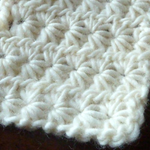 Star Stiich - These different basic crochet stitches are the fundamentals to becoming an inventive crocheter. You could use these crochet stitches for blankets or a multitude of other projects. #SingleCrochetStitch #TunisianCrochet #BasicCrrochetStitches