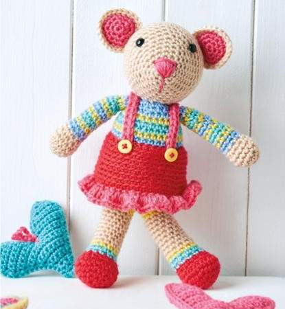 Mouse Toy - These free amigurumi patterns and crochet toys are so fun, it will make you want to be a kid again. These cute patterns are imaginative and sweet. #AmigurumiPatterns #CrochetPatterns #FreeCrochetPatterns