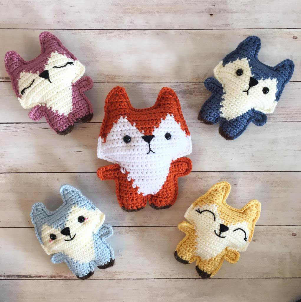 Pocket Fox - These free amigurumi patterns and crochet toys are so fun, it will make you want to be a kid again. These cute patterns are imaginative and sweet. #AmigurumiPatterns #CrochetPatterns #FreeCrochetPatterns