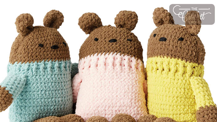 Square Bear - These free amigurumi patterns and crochet toys are so fun, it will make you want to be a kid again. These cute patterns are imaginative and sweet. #AmigurumiPatterns #CrochetPatterns #FreeCrochetPatterns