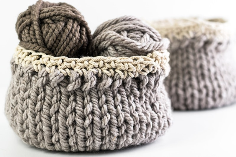 DIY Knit Basket - These knitting patterns are fun and diverse. There are so many options to choose from and most of them make great easy knitting projects for beginners. #KnittingPatterns #EasyKnittingProjects