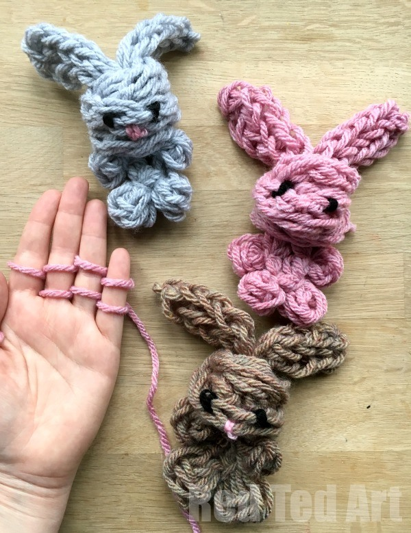 Fingerknit Bunny - These knitting patterns are fun and diverse. There are so many options to choose from and most of them make great easy knitting projects for beginners. #KnittingPatterns #EasyKnittingProjects