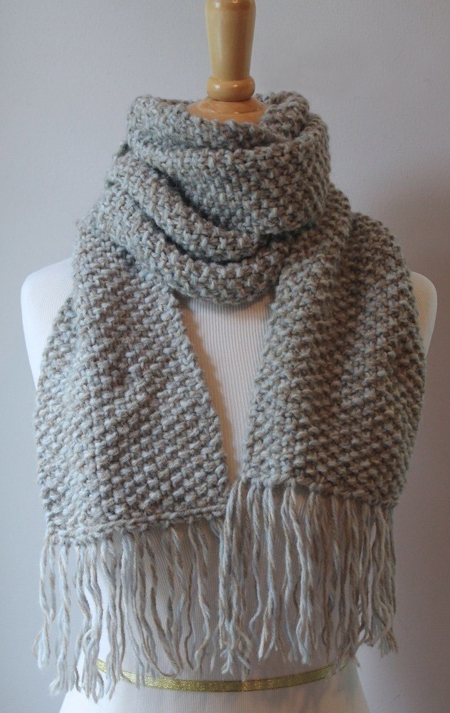 Elegant Seed Stitch Scarf - We've gathered here 21 cozy scarf knitting patterns that you can knit quickly, just in time for fall and impending winter. #ScarfKnittingPatterns #KnittingPatterns #ScarfPatterns