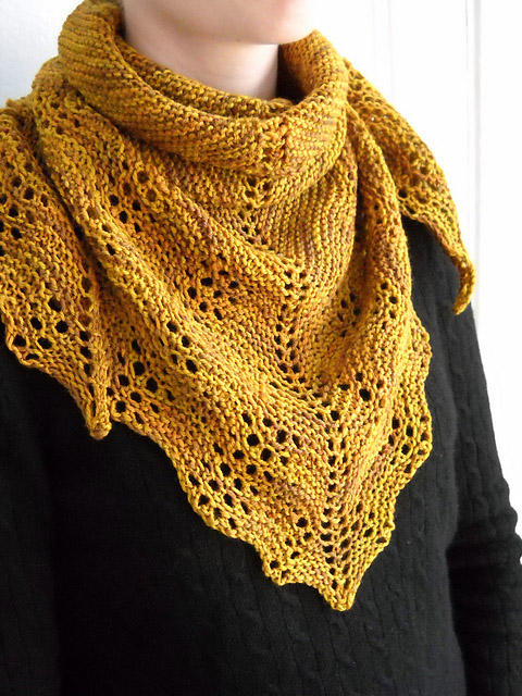 Larch - We've gathered here 21 cozy scarf knitting patterns that you can knit quickly, just in time for fall and impending winter. #ScarfKnittingPatterns #KnittingPatterns #ScarfPatterns