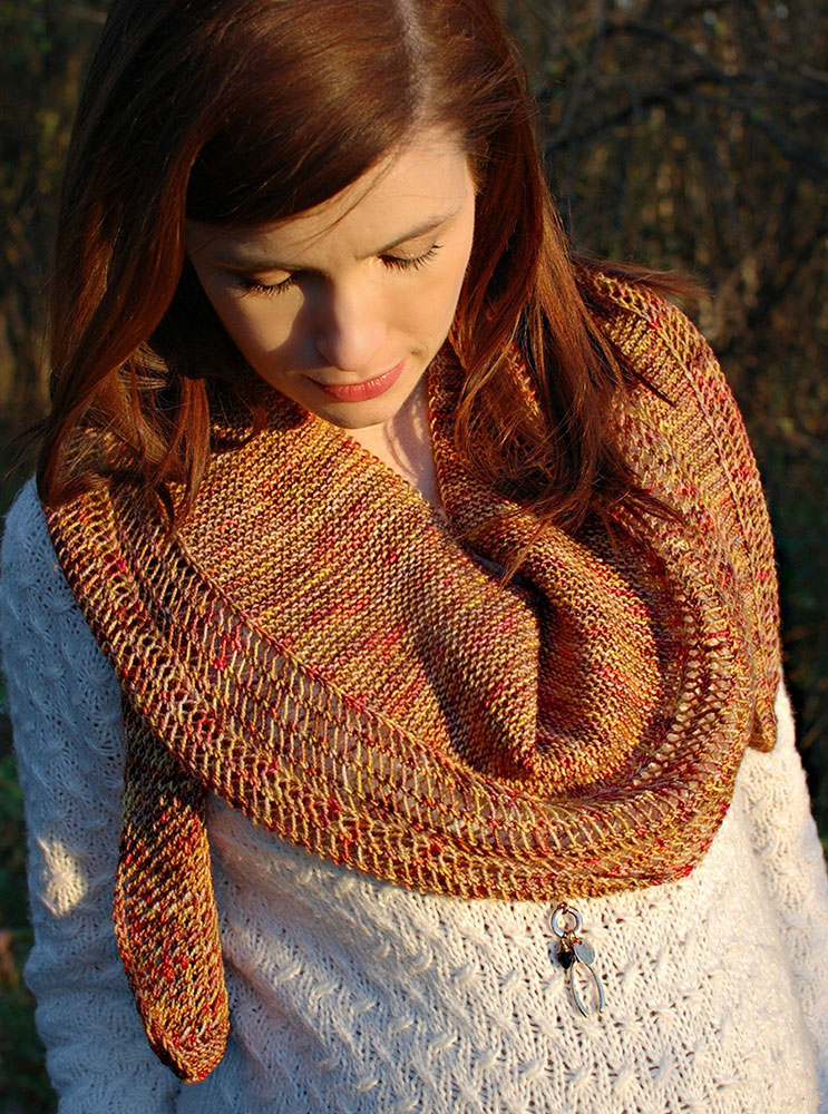 Trailblazer Scarf - We've gathered here 21 cozy scarf knitting patterns that you can knit quickly, just in time for fall and impending winter. #ScarfKnittingPatterns #KnittingPatterns #ScarfPatterns
