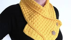 Waffle Neck Warmer Scarf - We've gathered here 21 cozy scarf knitting patterns that you can knit quickly, just in time for fall and impending winter. #ScarfKnittingPatterns #KnittingPatterns #ScarfPatterns