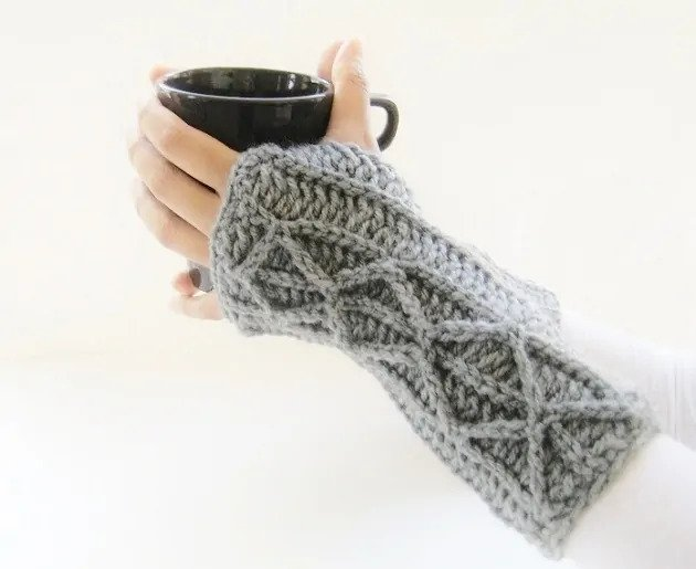 Adeline Fingerless Mitts - This list of 20 easy fingerless gloves crochet patterns is suitable for everyone, including males, females, adults, and children. #FingerlessGlovesCrochetPatterns #CrochetFingerlessGloves #CrochetPatterns