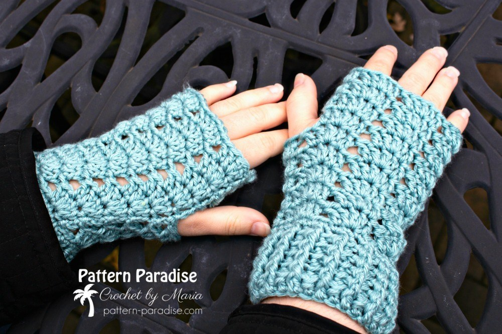 Charmed Fingerless Gloves - This list of 20 easy fingerless gloves crochet patterns is suitable for everyone, including males, females, adults, and children. #FingerlessGlovesCrochetPatterns #CrochetFingerlessGloves #CrochetPatterns