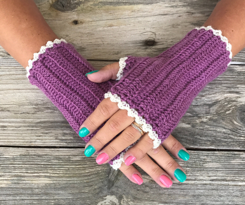 Crochet Wrist Warmers - This list of 20 easy fingerless gloves crochet patterns is suitable for everyone, including males, females, adults, and children. #FingerlessGlovesCrochetPatterns #CrochetFingerlessGloves #CrochetPatterns