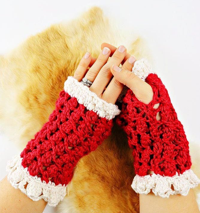 Lacy Silk Fingerless Gloves - This list of 20 easy fingerless gloves crochet patterns is suitable for everyone, including males, females, adults, and children. #FingerlessGlovesCrochetPatterns #CrochetFingerlessGloves #CrochetPatterns