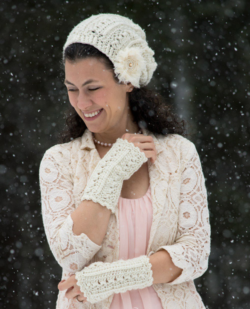Primrose and Proper Fingerless Gloves - This list of 20 easy fingerless gloves crochet patterns is suitable for everyone, including males, females, adults, and children. #FingerlessGlovesCrochetPatterns #CrochetFingerlessGloves #CrochetPatterns