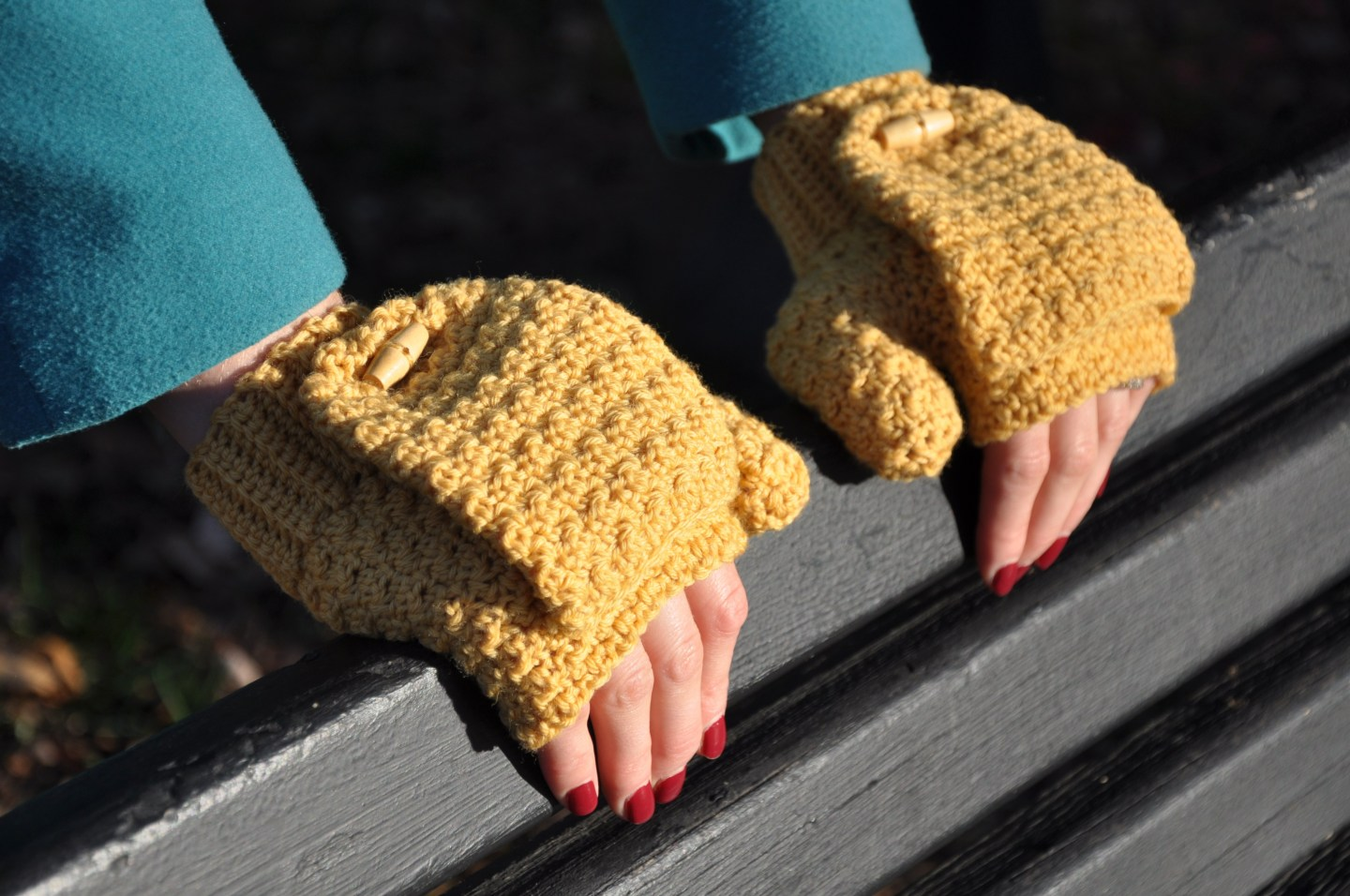 The Mustard Mitts - This list of 20 easy fingerless gloves crochet patterns is suitable for everyone, including males, females, adults, and children. #FingerlessGlovesCrochetPatterns #CrochetFingerlessGloves #CrochetPatterns