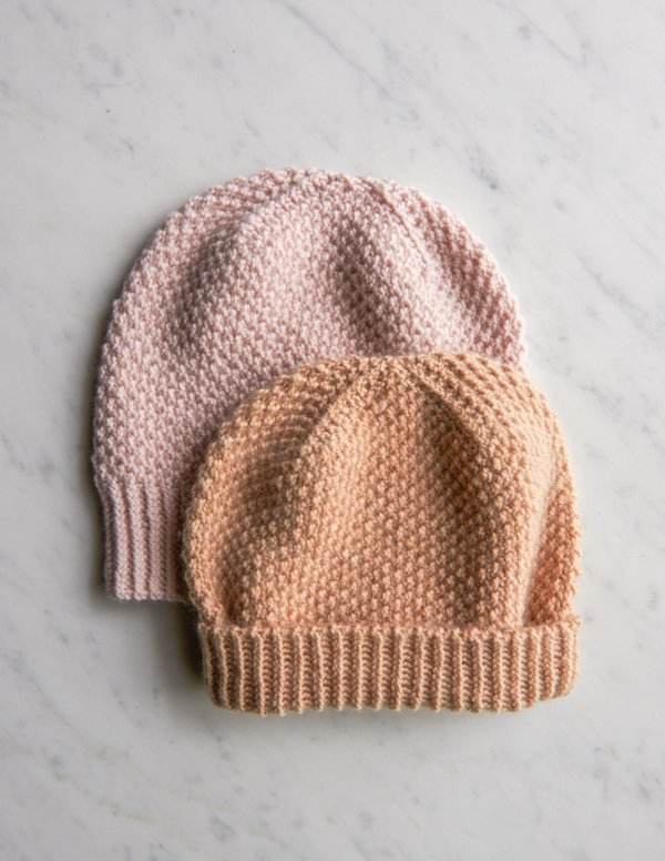 Fluffy Brioche Hat - From casual to designer styled hats, these free knit hat patterns on circular needles are sure to be your new favorite projects to work on! #freeknithatpatterns #knithatpatterns #knitpatterns